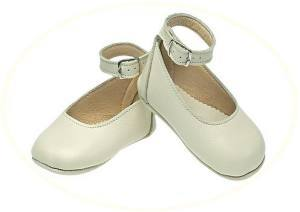 Girl' leather christening shoes