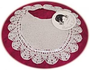 Baby's crochet bib
